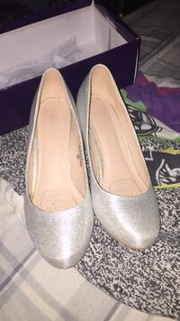 Pair of gray leather pumps St. John's, A1A 4M2
