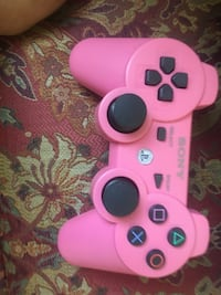 PS3 comes with controller & games