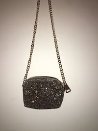 Shiny, shimmery, glittery cross-body bag Burnaby, V5E 3P1