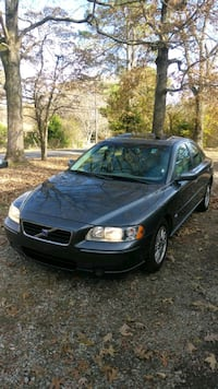 GOOD DEAL!!!!2005 Volvo S60 2.5T A