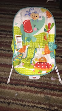 baby's green and white bouncer Montgomery, 36106