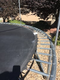 Trampoline in good condition, just missing a spring and the net  El Paso, 79912