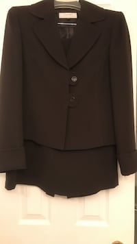 Tahari dark brown skirt and jacket   Vaughan, L4J 7Y5