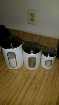 Storage canisters Dale City, 22193