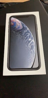iPhone XR 128GB Like new no scratches & screen protector and case always on it.  Newmarket, L3Y 2R2