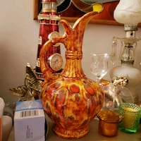Beautiful pitcher vase. The pic does no justice. Cedar Hill, 63016