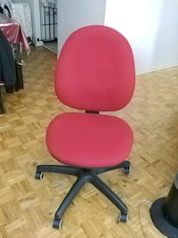Office chair Laval, H7G 4P4