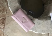 Women's pink guess leather wristlet Toronto, M8Y 2T3