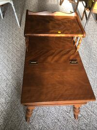 brown wooden 2-tier side table Richmond Heights, 63117
