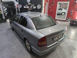 2005 Opel Astra 1.4I 16V TWINPORT HB CLASSIC CLUB bc49ee8c-eb12-496c-afd1-5a0d176d8aee