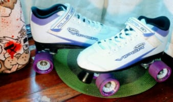 White and purple roller derby RD Viper M4 skates size:9