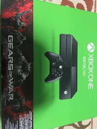 Xbox one With lots of accessories  Hanover Park, 60133