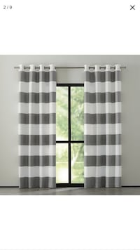 white and gray window curtain West Hartford, 06107