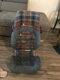 blue and red plaid car seat carrier London, N6H 0C4