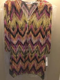 Pink and purple chevron long-sleeved shirt 571 km