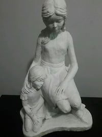 Beautiful statue of mother and child  Hamilton, L8L 5R4
