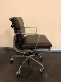 Eames office chair / brown leather / brand new