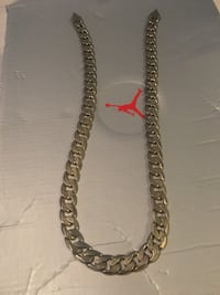 silver-colored chain necklace Boyds, 20841