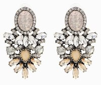Fashion earrings ! New ! Canyon Country, 91387