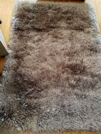 Beautiful plush area rug - mink silver brown. New! Beverly Hills, 90211