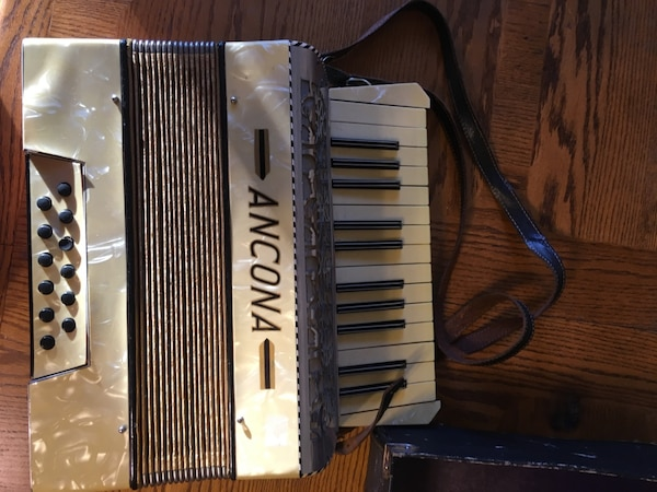 Used Vintage Ancona Accordian w/ Case for sale in Concord