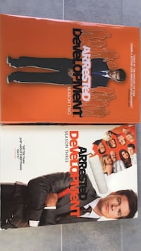 Arrested development seasons 2 and 3 dvd cases