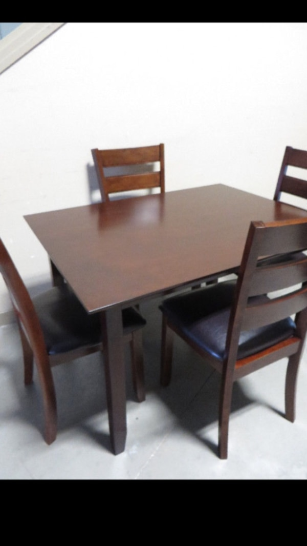 Brand New 5 Piece Dining Set