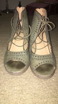 pair of olive green leather open toe ankle strap heels, size 8 Firestone, 80504