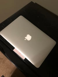 Apple Macbook Air 6, 11 inches Beltsville, 20705