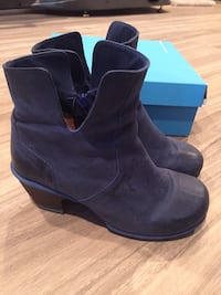 Excellent Condition Fluevog Boots Size 10 Coquitlam