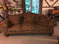 Full Size Lillian August Cloth print couch Rockville, 20853