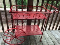 EUC wrought iron decorative tea cart/ bar cart ( wheels do not move) Barrie, L4N 1G6