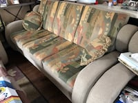 Couch set for sale! (Like-new!) Mississauga, L5M