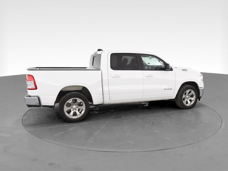 2019 Ram 1500 Crew Cab pickup Big Horn Pickup 4D 5 1/2 ft White 11