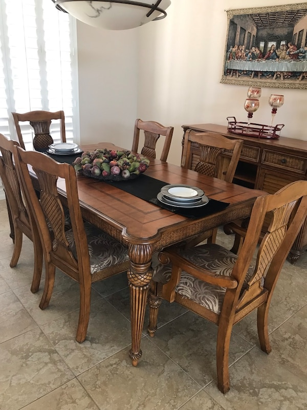 Tommy Bahama Dining Table, Six (6) chairs and Buffet Island Estate  Collection