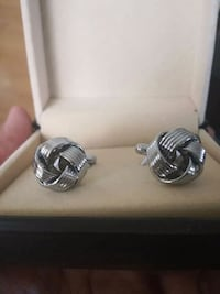 Pair of silver color cufflinks Mississauga, L4Z 4K5