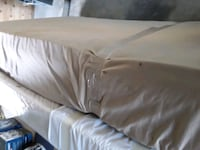 Pillow top and box spring twin size like new Bakersfield, 93313