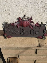 Welcome Fall hangs sign/ from kohl's/ vintage look Bakersfield, 93308