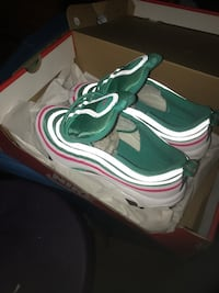 AIR MAX 97 SOUTH BEACH SIZE 7 Toronto, M3M 1A6