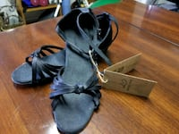 West coast swing shoes Guelph, N1H 1M4