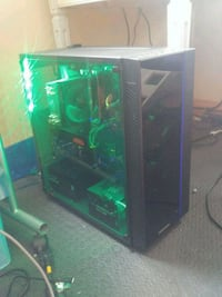 Custom built gaming pc 2462 km
