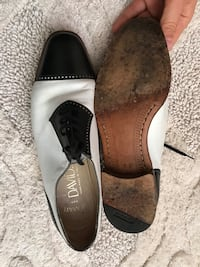 pair of white-and-black leather shoes Toronto, M2N 1L8
