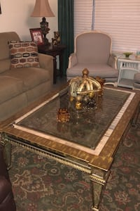 Glass and mirror coffee table set North Las Vegas, 89031