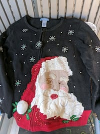 Extra large Christmas sweater pick up soon