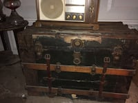 Old travelers trunk  Akron, 44301