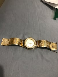 10k solid gold watch Toronto, M3L 1R9