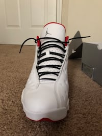 unpaired white Air Jordan 13 shoe Acworth, 30102