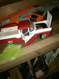 red and white truck toy Knoxville, 21758
