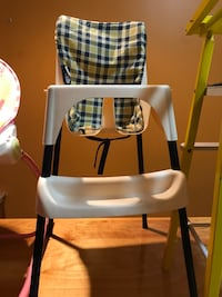 white and black high chair St Catharines, L2M 3S6