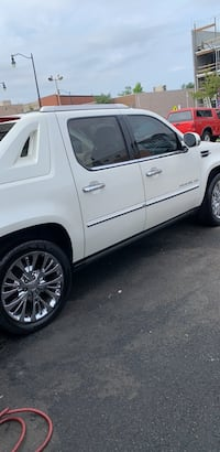 Cadillac - Escalade EXT - 2012 Washington